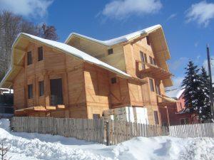 Casa din lemn Esmeralda