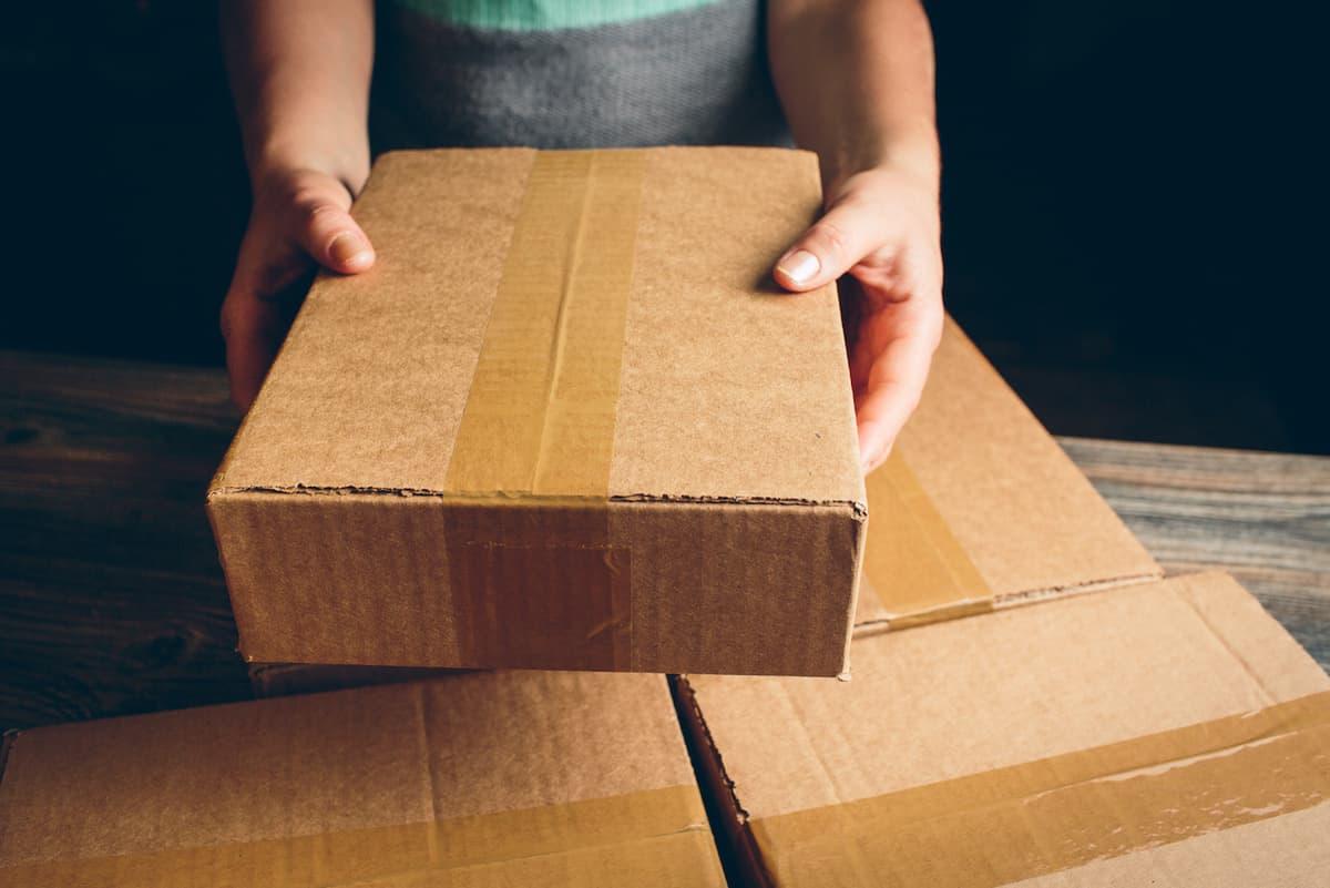 cutii-din-carton-reciclat